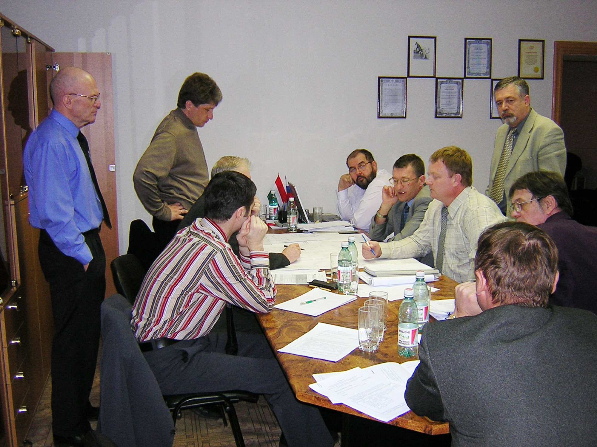 Sosny R&D Company hosting a meeting of Russian and Hungarian specialists, April 2004